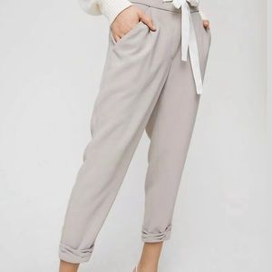 Aritiza Wilfred Gray Allant Cropped Pants